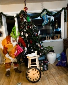 from our house santa vs mythbusters photos a bedtime story ambienceakcom - Mythbusters Christmas Tree